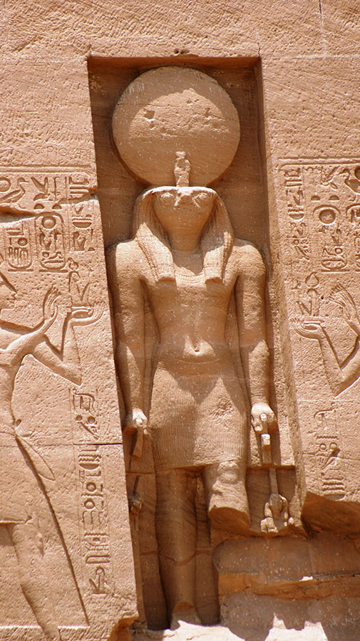 curly_nomad_egypt_abu_simbel_horus1
