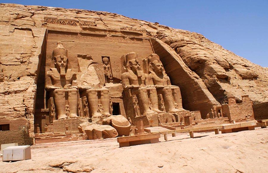 curlynomad africa abu simbel-temple egypt image