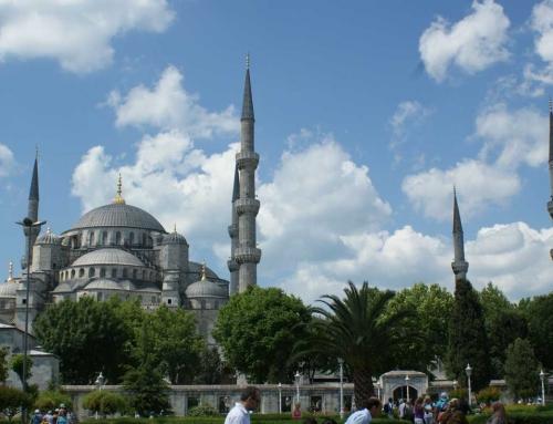 Sultanahmet Camii (Blue mosque) – Istanbul