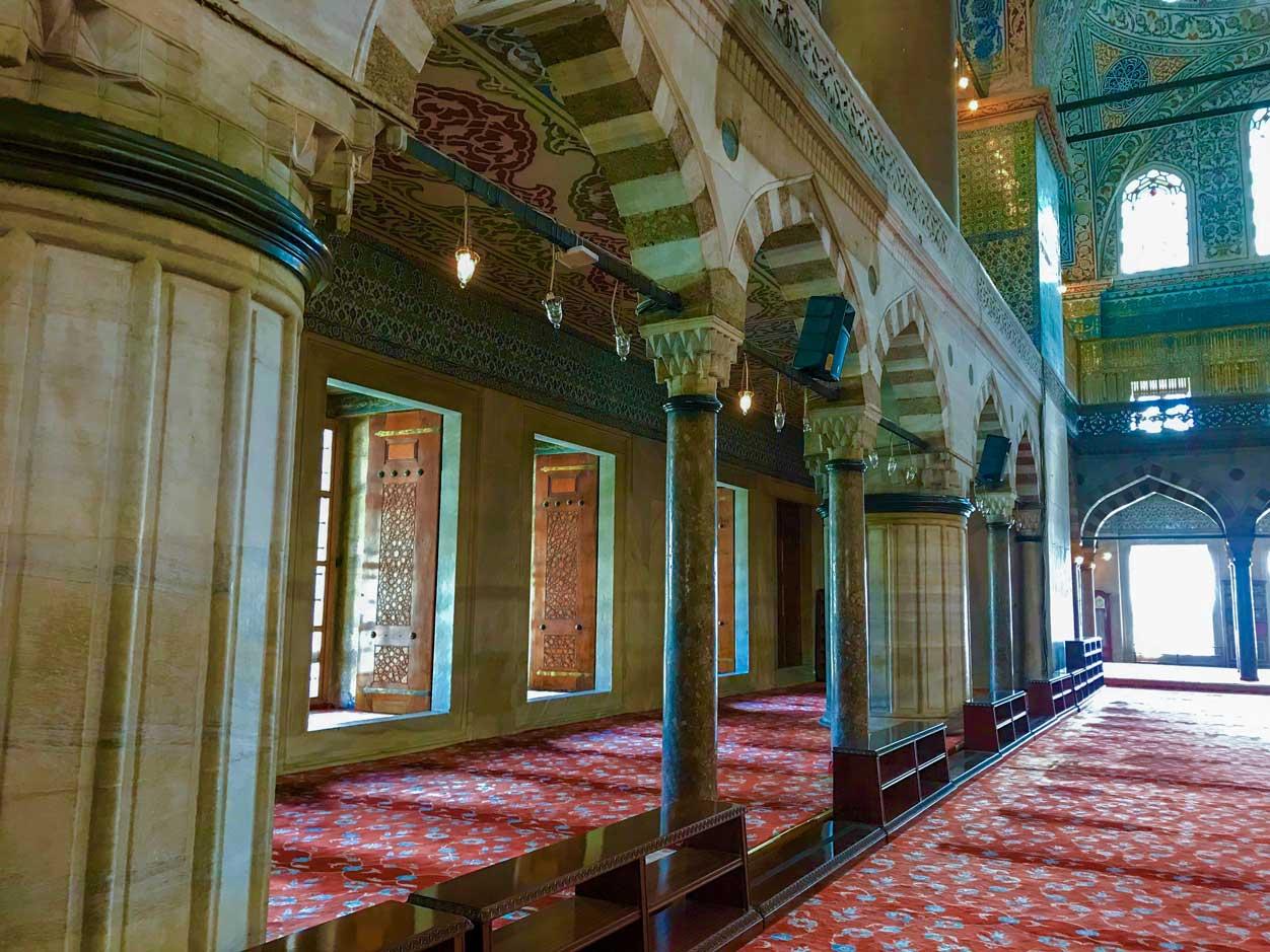 curlynomad turkey istanbul inside blue mosque amazing beauty inside sultanahmet camii photo
