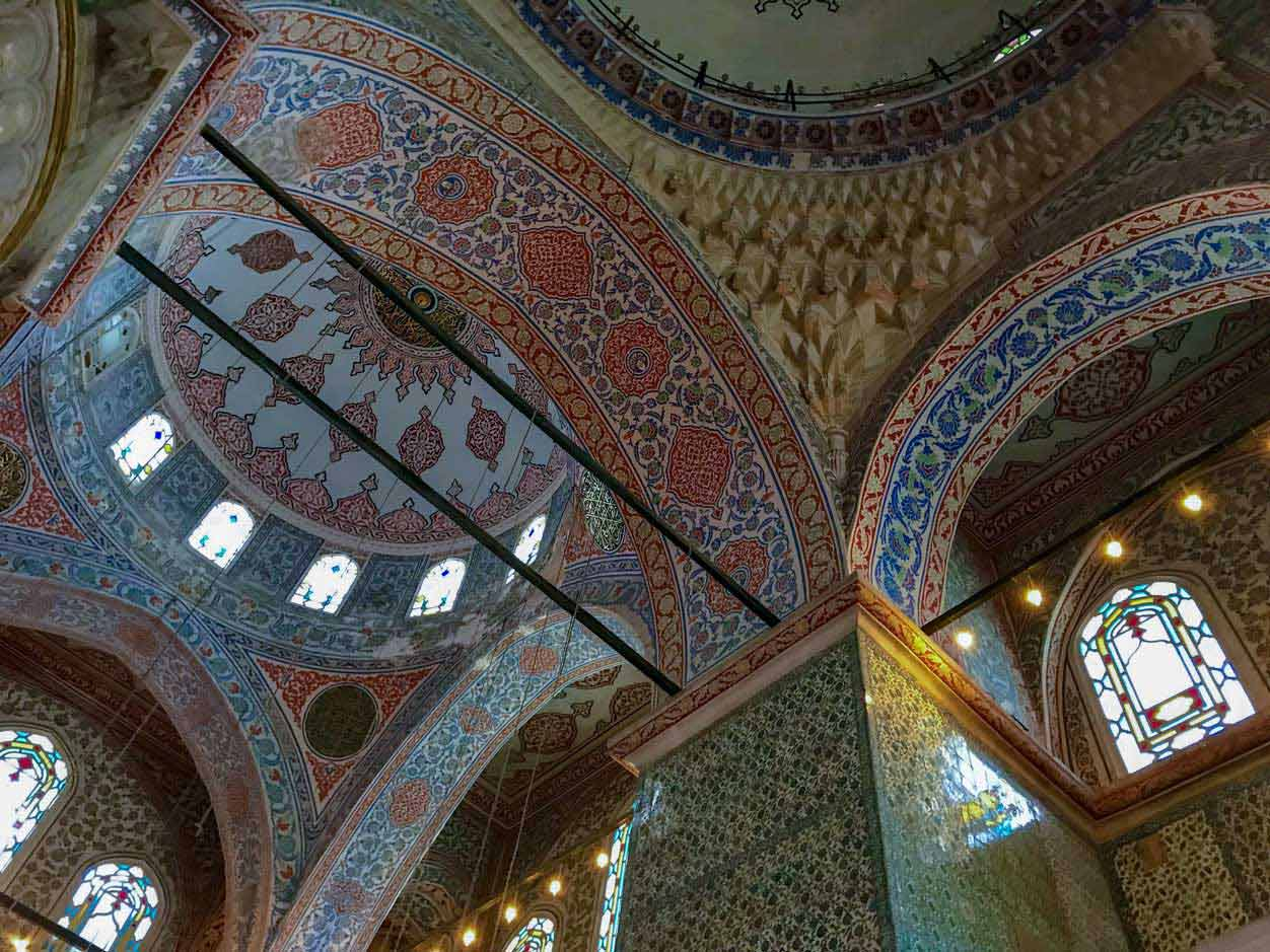 curlynomad turkey istanbul blue mosque inside blue tiles photo