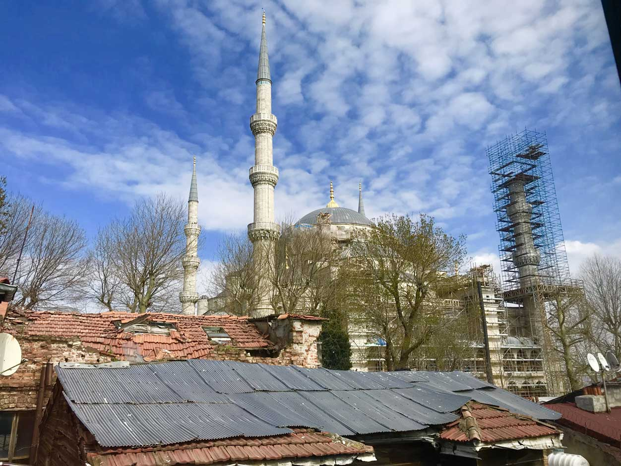 curlynomad turkey istanbul sultanahmet camii blue mosque terrace photo