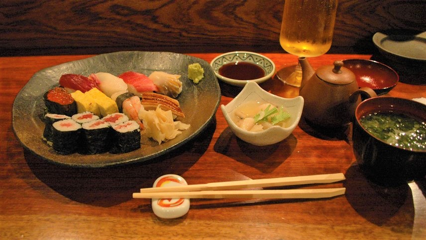 curly nomad asia japan nara sushi foodie's heaven photo