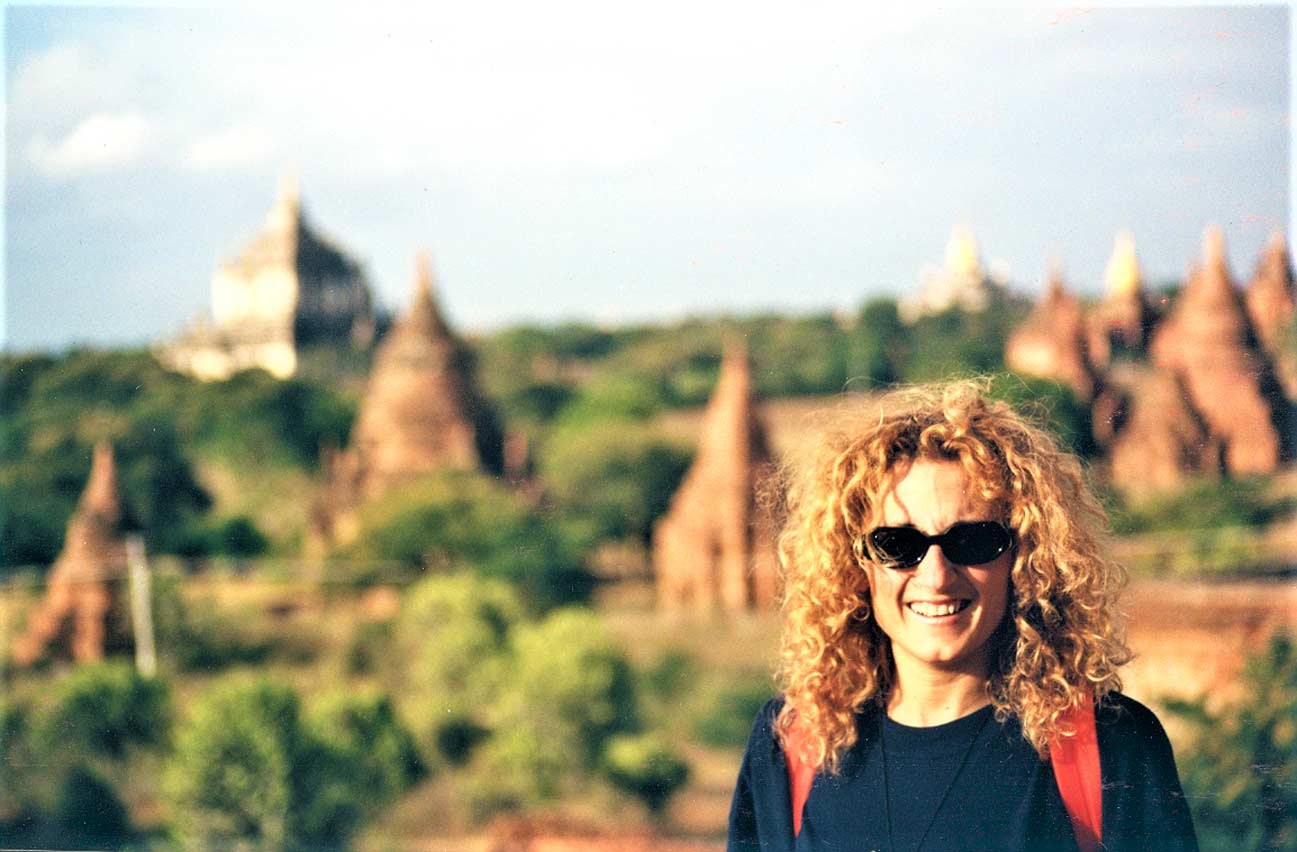 curly nomad asia myanmar burma pagan photo